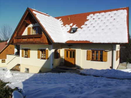 leisure residence front winter